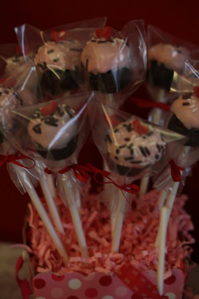 Ribbon:Cupcake cakepops