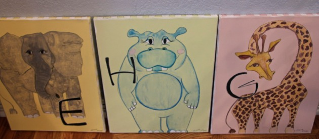 Animal Canvases : playroom project
